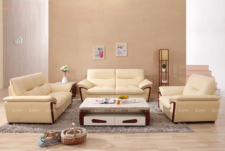 Có nên trải nghiệm trực tiếp trên sofa khi mua?