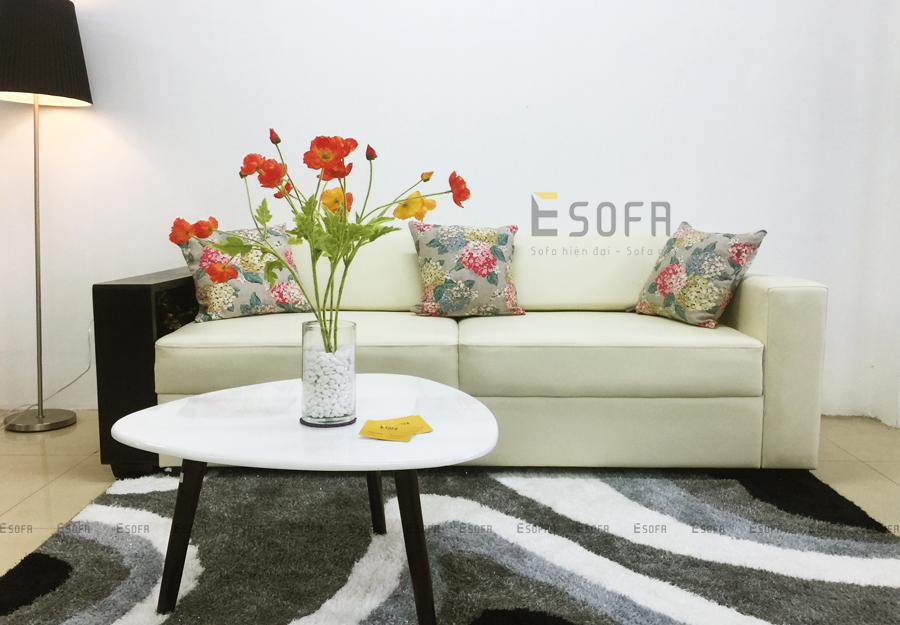 Phòng khách trẻ trung, lịch lãm với sofa gỗ